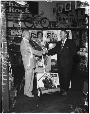 Pep Boys jubilee customer, 1952