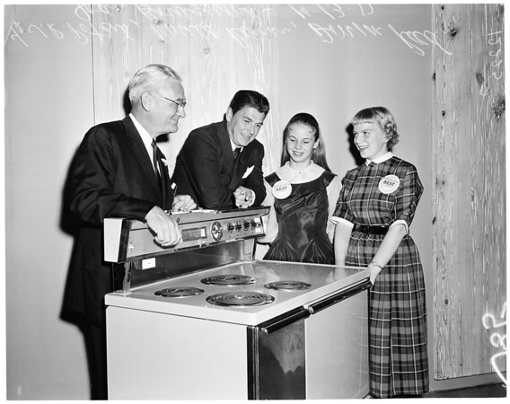 Pillsbury Bake Off Contest, 1957