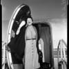 Arrival, American Air Lines, 1952