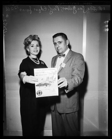 Ad club, 1958