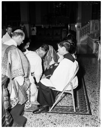 Maundy Thursday rites (Saint Vibiana's, washing feet), 1959