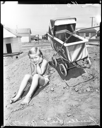 Garbage man picked up all of her toys, 1957