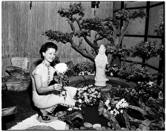 Flower show at Hollywood Park, 1958