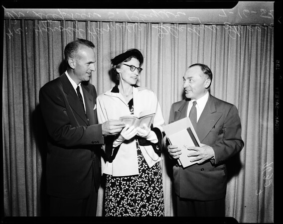 University of Judaism-Israel book exhibit, 1952