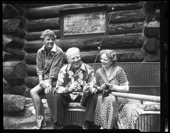 Governor Warren Vacation, 1952