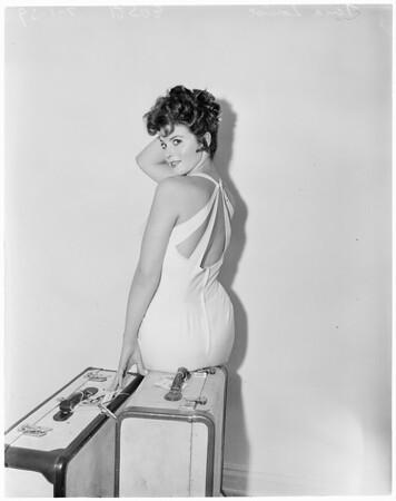 Neckline fashion, 1959