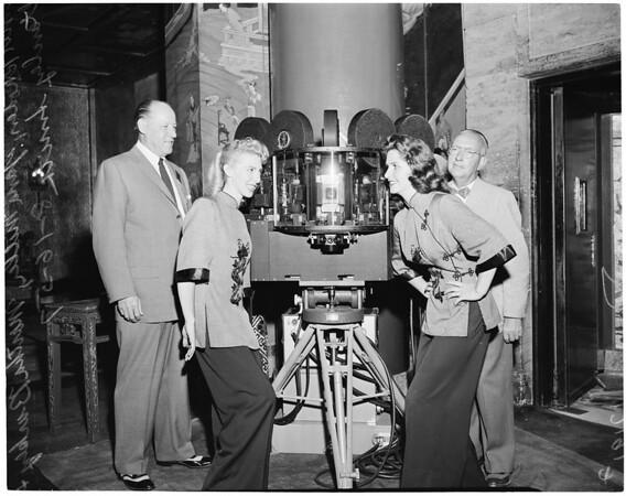 Large camera, 1957
