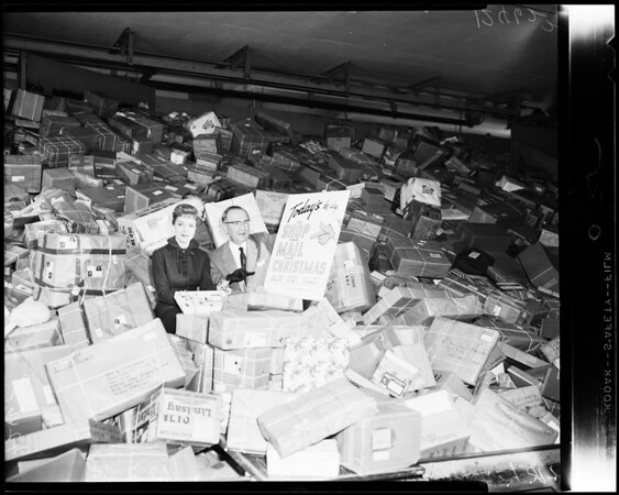 Christmas Mail (at Terminal Annex), 1958