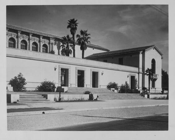 Angled shot of the Pasadena Public Library, ca. 1930