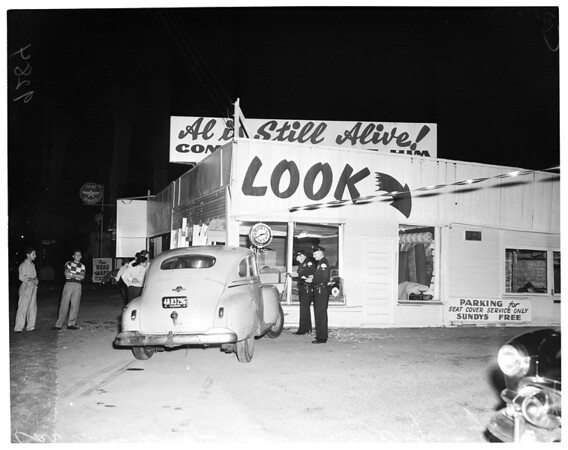 Auto into seat cover shop --- 5625 South Figueroa Street, 1951