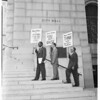 City Employees Union pickets City Hall (wage increase), 1959