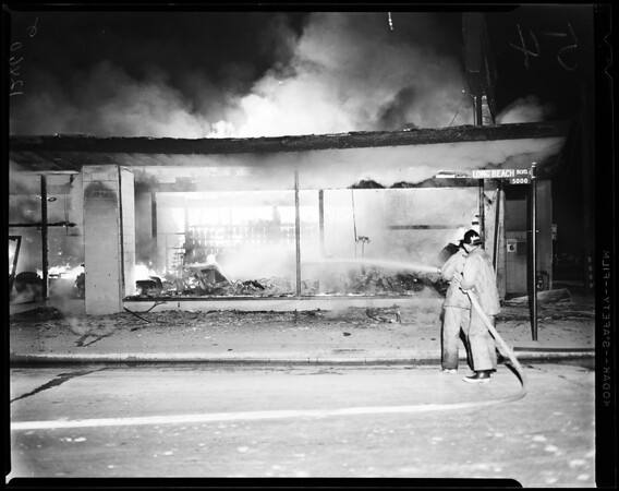 Hardware store fire at Long Beach, 1958