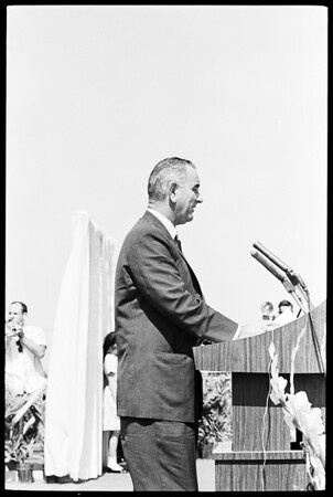 New airport dedication, 1961