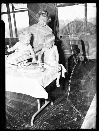 Junior Woman's Club volunteer, 1951