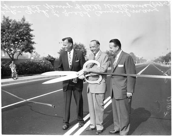 Ribbon cutting for repaved 6th Street, 1957