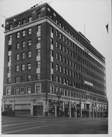 Professional Building, 6th & St. Paul St., Los Angeles, 1947