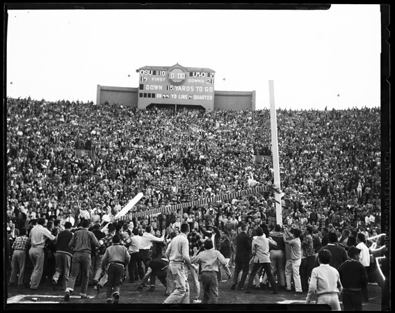 Football -- Ohio State versus Oregon, 1958