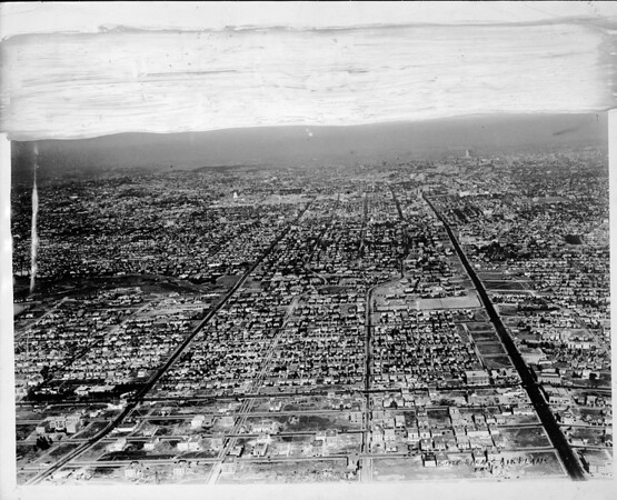 Aerial view of the area east of La Brea between Wilshire Boulevard and Third Street