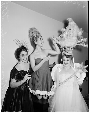 Christmas hair styles, 1953