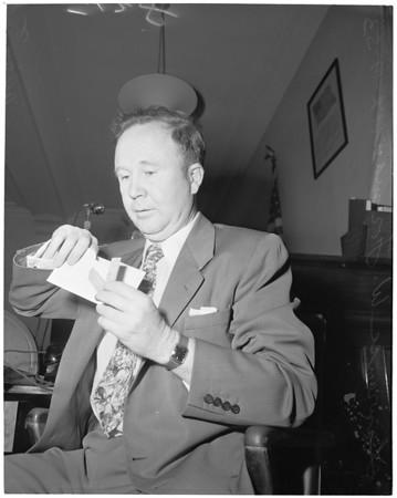 Bennett, gum betting marker case, 1953