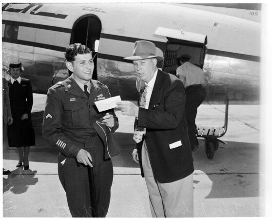 Examiner War Wounded Fund presentation, 1953