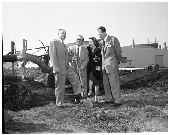Packard Bell ground breaking (addition at West Los Angeles, 12333 West Olympic Boulevard), 1953
