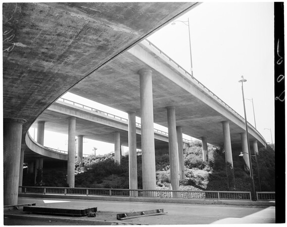 Arroyo Seco -- Harbor Freeway link, 1953