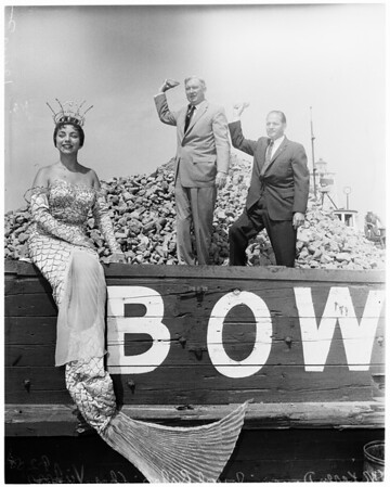 New Long Beach piers, 1958