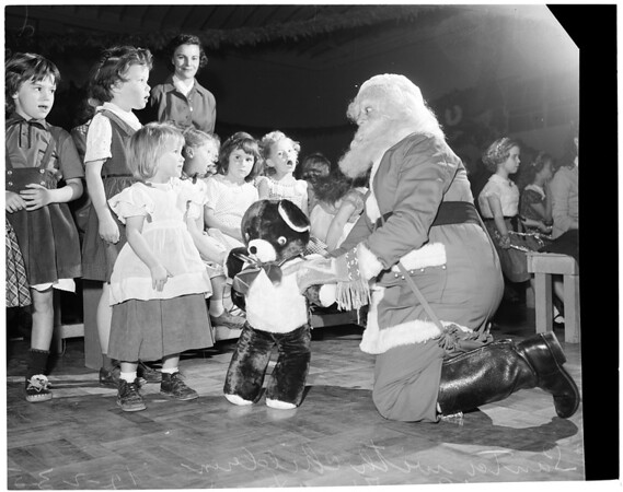 Christmas party at Salvation Army, 1953