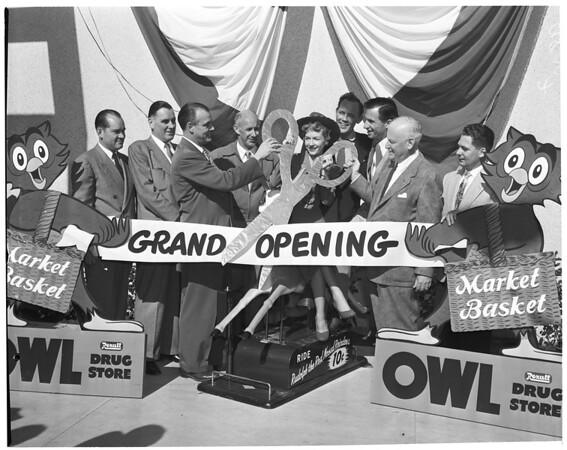 Owl Drug Store and Market Basket opening (Azusa), 1953