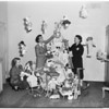 Christmas dolls at Lincoln Heights Jail, 1953