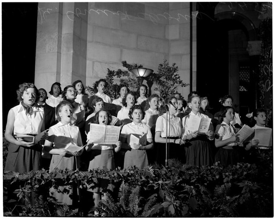 Christmas party in City Hall rotunda, 1952