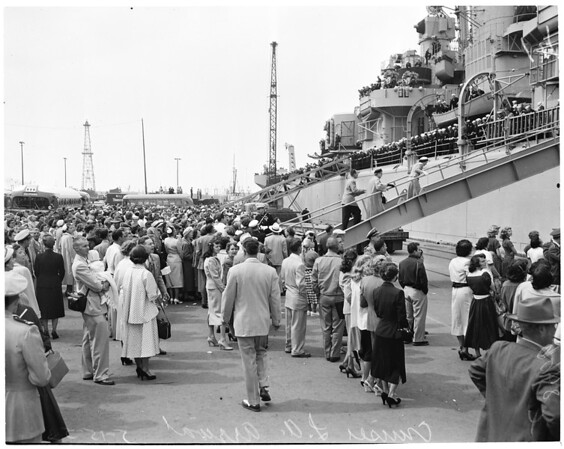 Arrival of cruiser Los Angeles, 1953