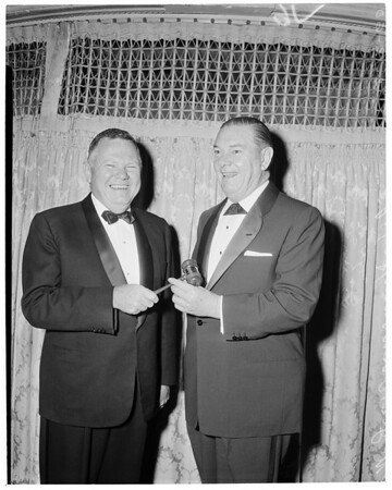 Outgoing Chamber of Commerce president, 1960