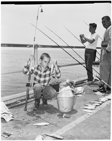 Fishing derby at Huntington Beach (Orange County section), 1960