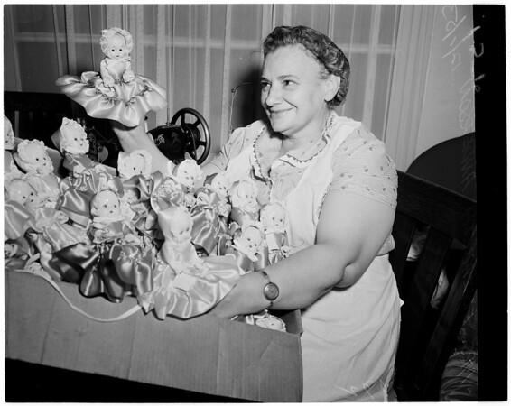 Dolls, 1953