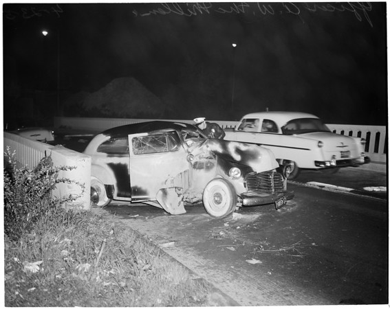 Freeway accident, 1954