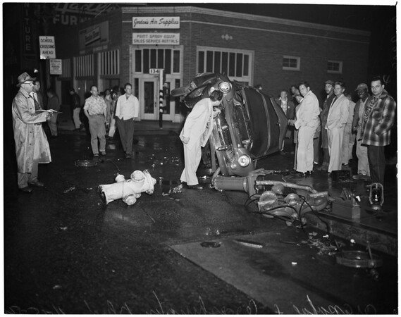 Auto accident (Arapahoe Street and Washington Boulevard), 1954