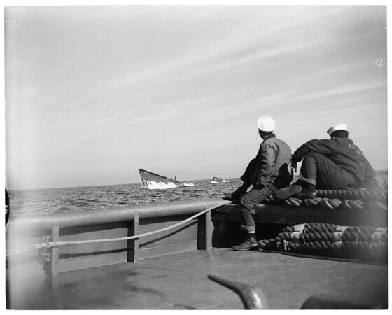 "Navy Reservists aboard submarine USS ""Charr"", 1953"