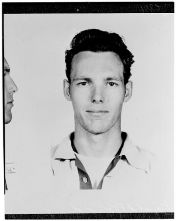 Copy pictures and negatives -- Escaped prisoners, 1952