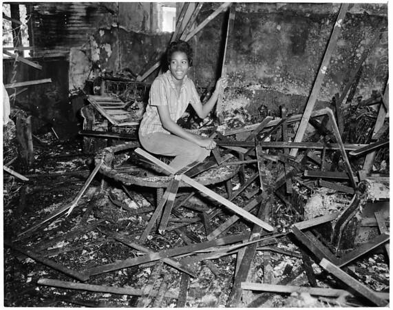 Fire heroine, 1960