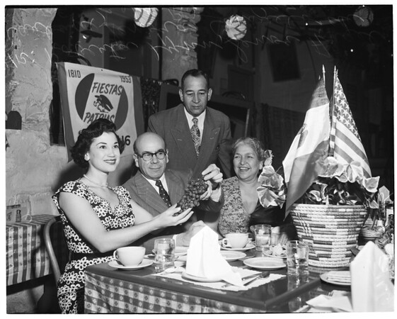 Mexican Independence (Cafe La Golondrina), 1953