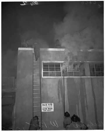 Flames at Ralph's 5 and 10 store on West Pico Boulevard, 1953