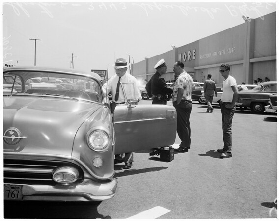 Detail 6 of 7, Robbery and shooting and murder (More Discount at 3443 Sepulveda), 1960