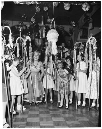 Las Posadas, 1953