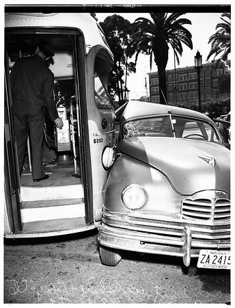 Los Angeles Transit Lines bus and auto crash... Wilshire Boulevard and Lafayette [Park Place], 1952