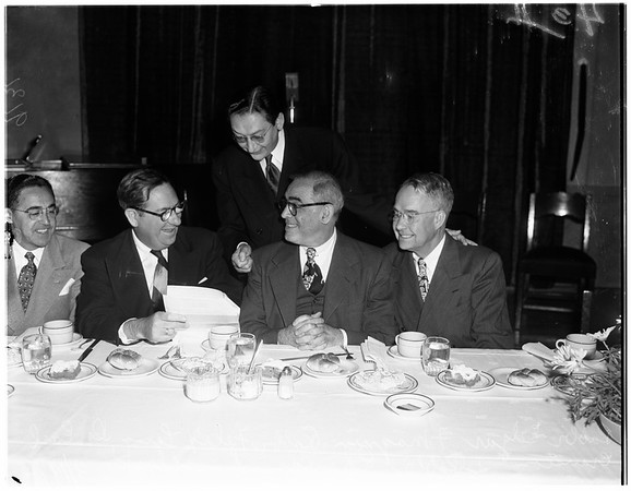 Christian ministers at Judaism meet (Wilshire Boulevard Temple luncheon), 1951