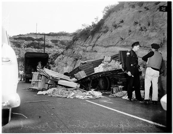 Traffic on Sepulveda Boulevard at tunnel, 1951