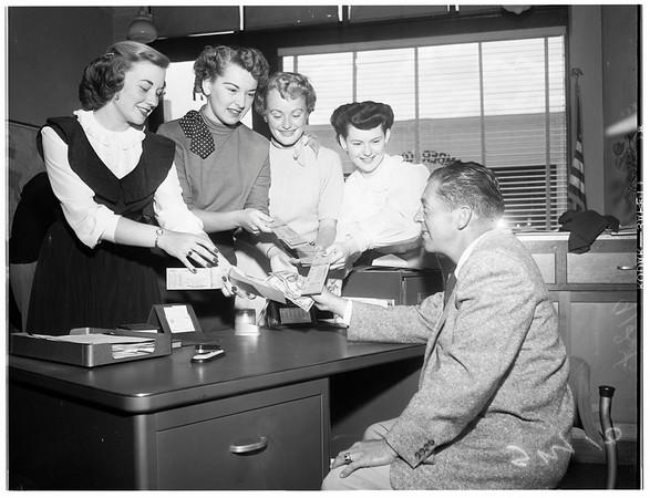 Huntington Park queen candidates, 1951
