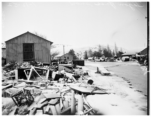 Ridge Route Road weather, 1952
